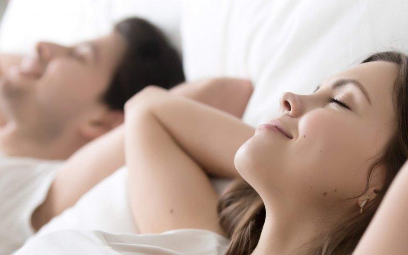 complément-alimentaire-sommeil-mélatonine-anti-jet-lag-image